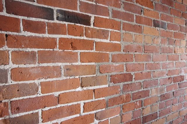 bricks-925269_640