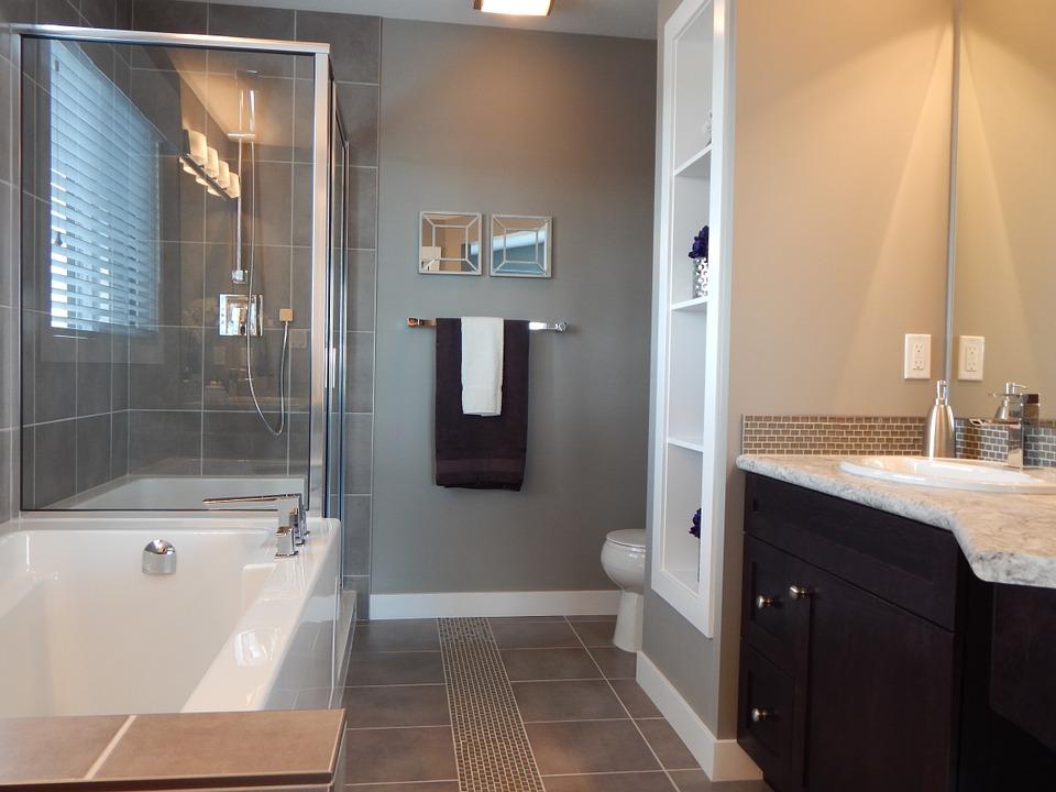 bathroom-881124_960_720