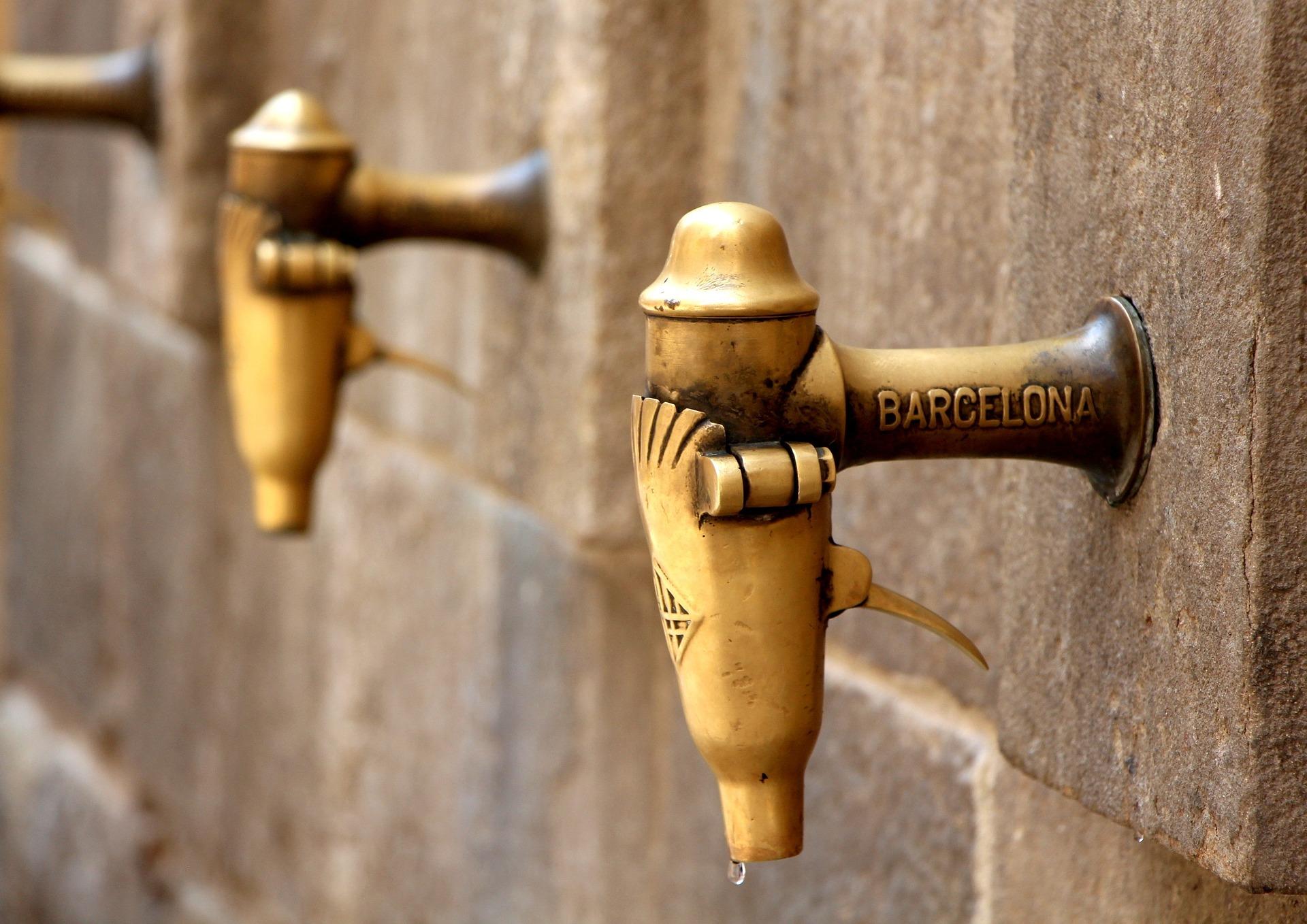 barcelona-953904_1920