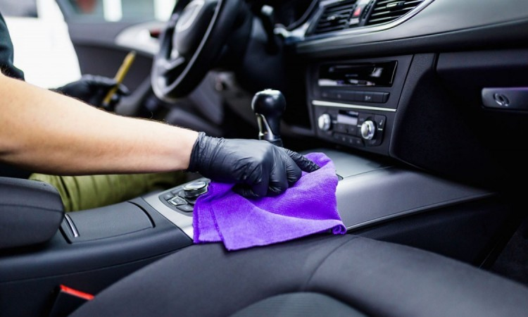 limpieza-del-interior-del-coche