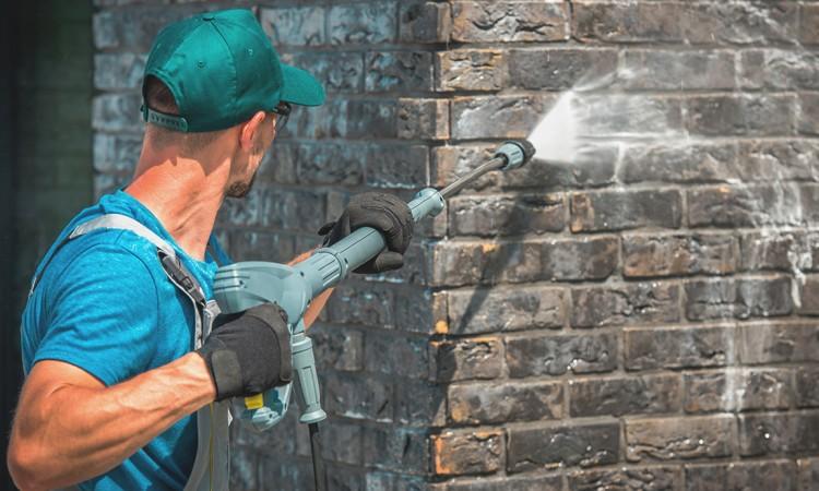 limpieza-fachadas-agua-presion